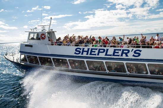 SHEPLER'S MACKINAC ISLAND FERRY